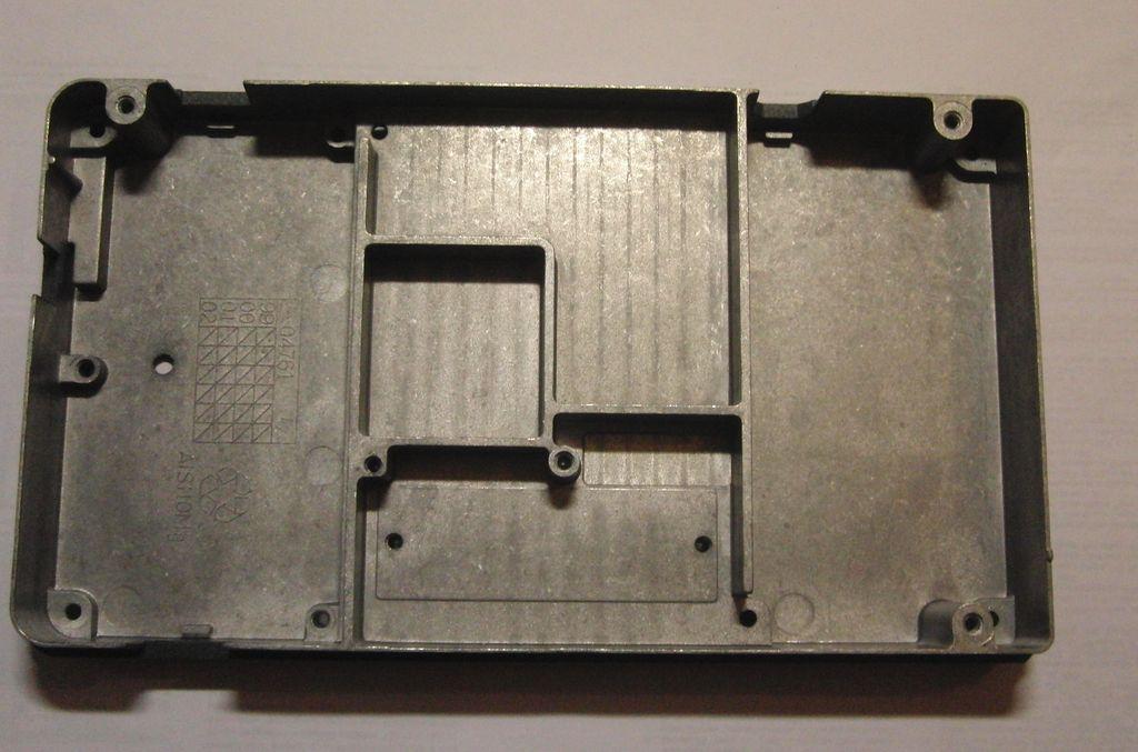 металлический корпус