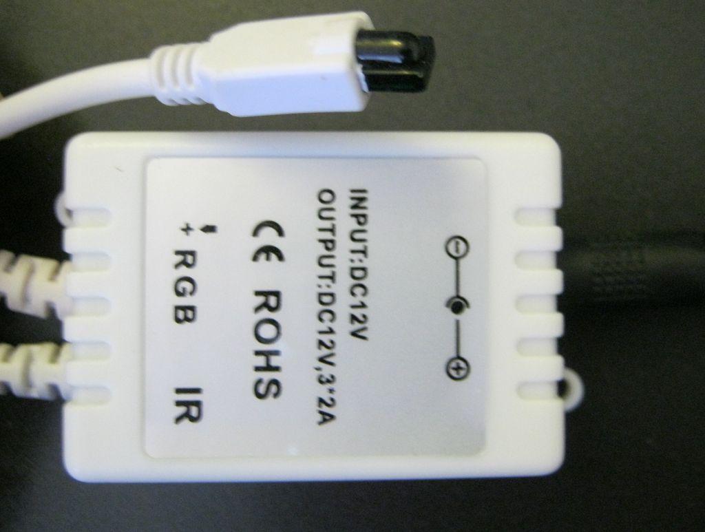 RGB-контроллер светодиодного освещения