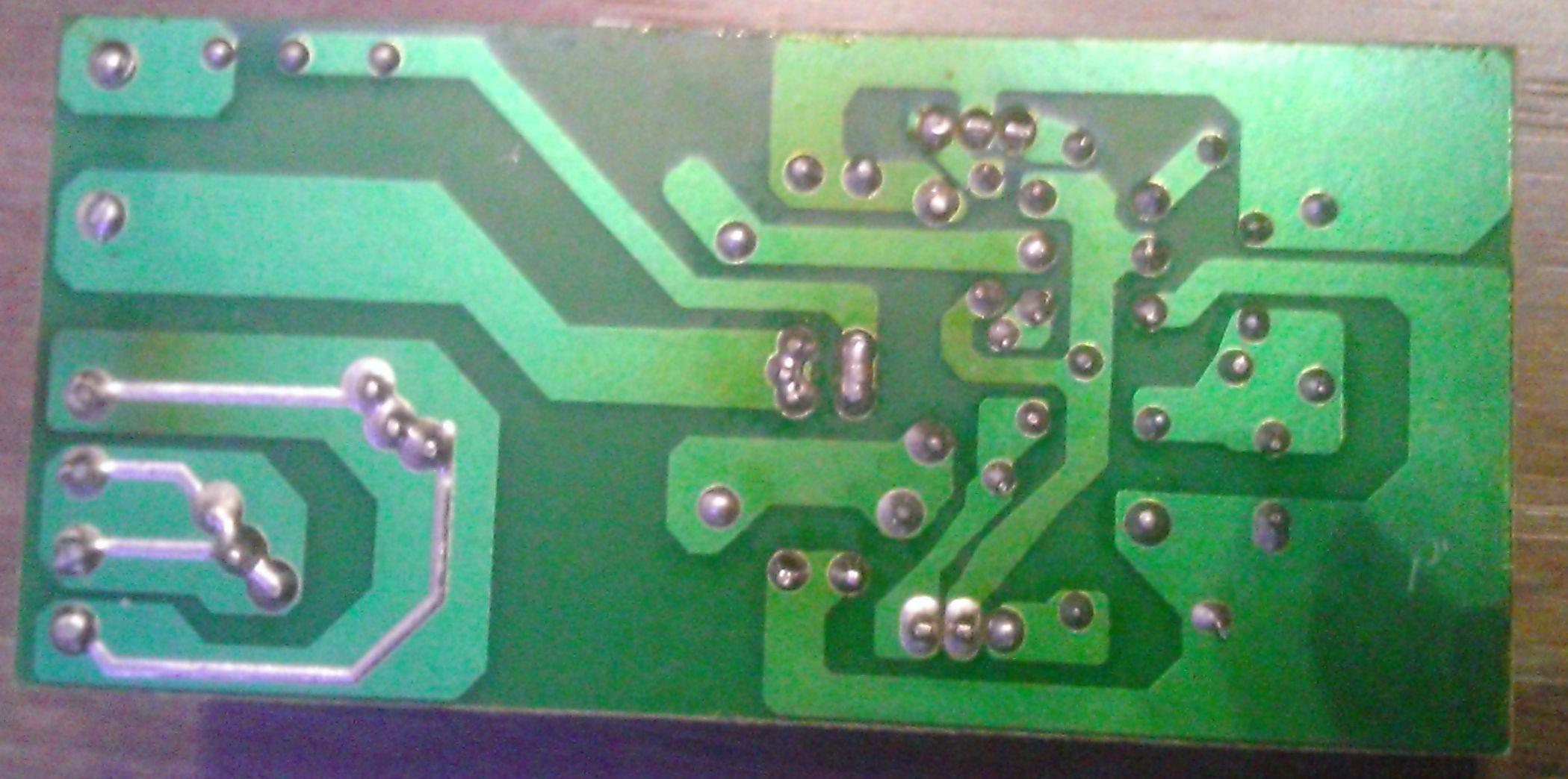 Обратная сторона платы электронного трансформатора ERDKREIS